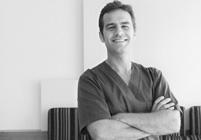Especialistas en cirugías e implantes